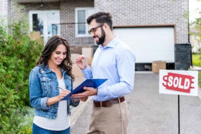 buying and selling a house